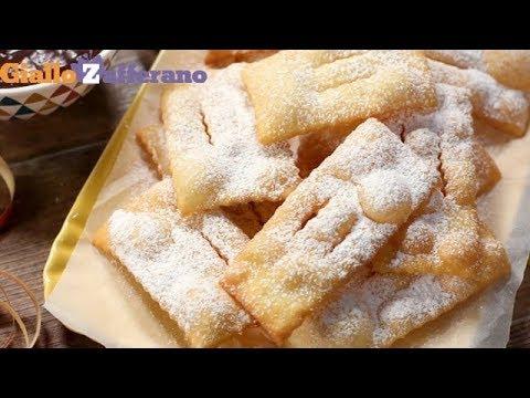 Chiacchiere di Carnevale (Frappe, bugie, crostoli) - Ricetta in 1 minuto