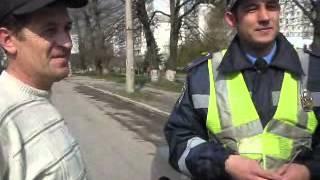 Хмельницький: водії і ВСІМ вітали працівників ДАІ