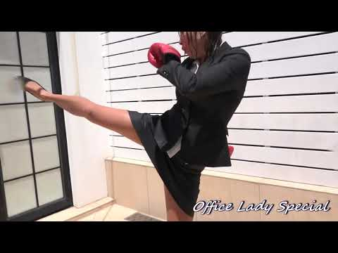 WETLOOK : In the last sparing of kick boxing