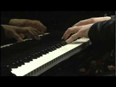 Chopin12  ルーカス ゲニュシャス (Lukas Geniušas) Pianoconcerto No 1 op 11  (1/2)