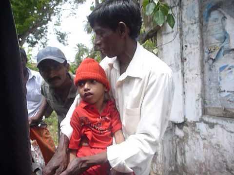 Sri  Lanka,ශ්රී ලංකා,Ceylon,Invalid Child Father Begging
