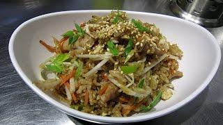 Жареный рис с курицей – рецепт ресторана Meiwei