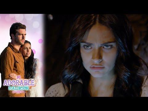 Aurora descubre que Carmen y Severo, estaban enamorados   Mi adorable maldición - Televisa