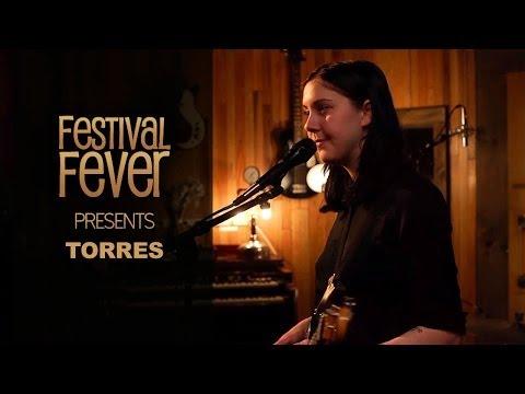 Torres Performs 'Strange Hellos'