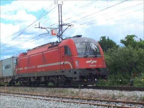 2017 06 Slovenia container train near Koper