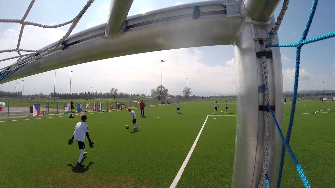 Training Torschuss Am Deutschen Fussball Internat
