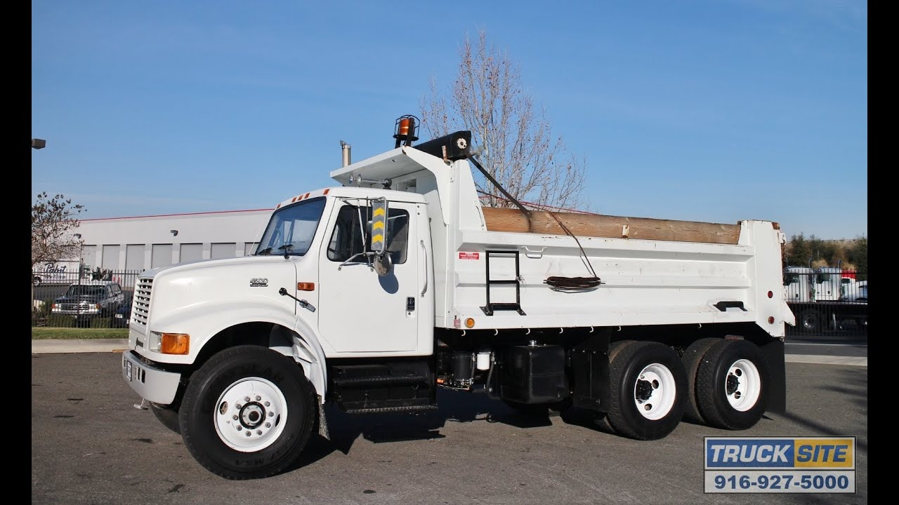 2000 International 4900 10 12 Yard Dump Truck For Sale Youtube