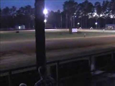 Three-wheeler flattrack racing, Crossroads Motorplex. Heat#1