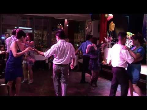 Nhảy Disco-Chacha-Rumba tại Leipzig Germany