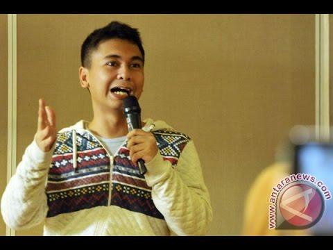 'LUCU NGAKAK ABIS' Standup Comedy Raditya Dika  Terbaru !