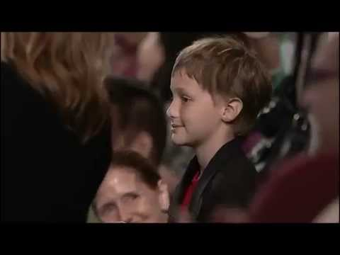 "Young fan recites ""The Flash"" opening monologue"