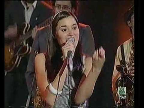 THE PEPPER POTS - Lucky Girl (Radio 3 - Madrid)