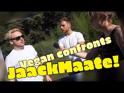 VEGAN CONFRONTS MEAT EATER AND TURNS HIM VEGAN!! Feat. Hench Herbivore