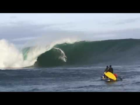 Justine Dupont I Big Wave Surfing I 1st session at Mullaghmore - Ireland