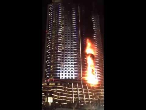 Dubai gökdelen yangının ilk dakikalarını Periscope görüntüledi