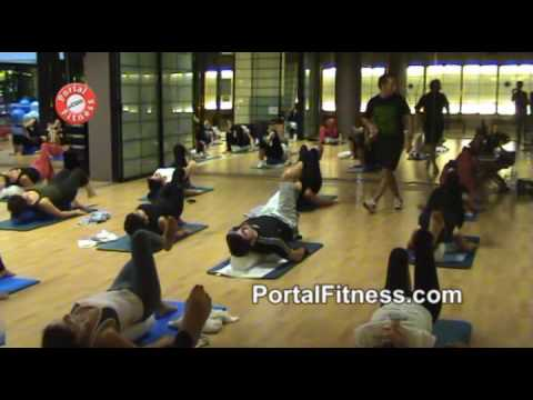 Clase de Pilates con cilindro. Parte IV