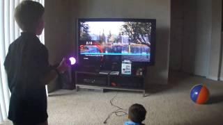 Wii motion plus vs PS move Kid review
