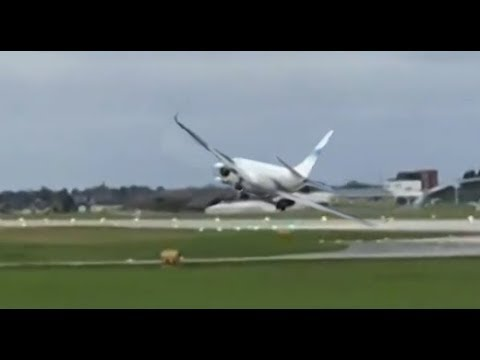 Plane FAILED landing in heavy CROSSWIND at Salzburg, Austria