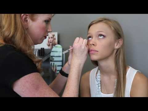 makeup-tutorial-by-natalie-gramling-after-her-tour-of-aveda-institute-tampa-bay-beauty-school