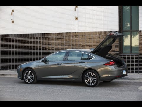 Buick Regal Sportback 2018 | First Look | with Steve Hammes | TestDriveNow