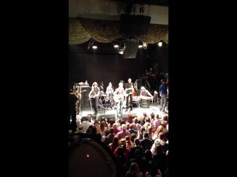 Dierks Bentley & Brian Newman live