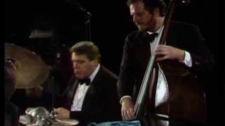 Oscar Peterson Trio - The Berlin Concert - Perdido - Caravan