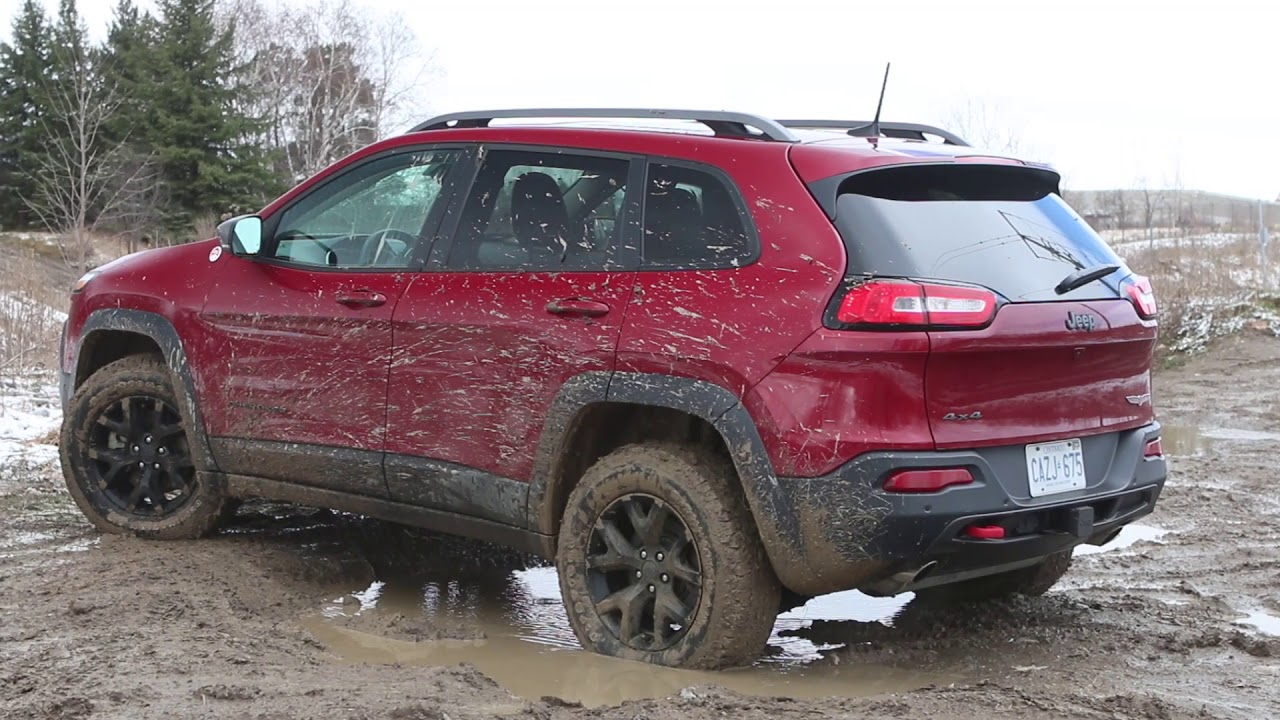 SUV Review: 2017 Jeep Cherokee Trailhawk | Driving