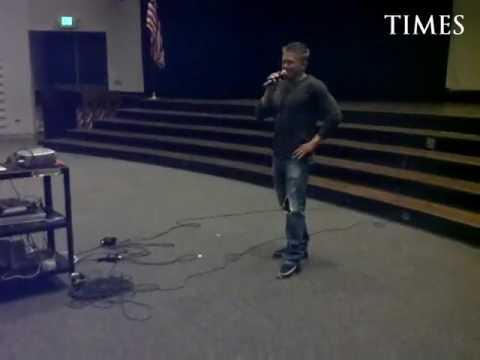 Columbine shooting survivor Craig Scott speaks Sept. 5 at Fort Morgan High School.