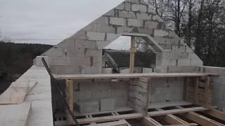 Строим дом своими руками из пеноблока, первый фронтон(Строим дом своими руками из пеноблока, выложили первый фронтон., 2016-10-15T08:40:13.000Z)