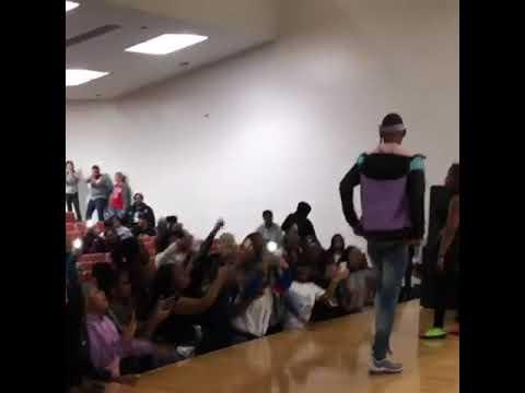 El Hitta Performs at Crane High School
