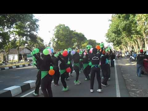 Karnaval RT 09 Modinan 2014 part 1