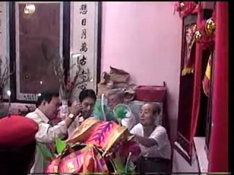 Doan Lan Phu Dong Q.6 lam le khai quang diem nhan tai Chua Ba P.1-Q,6 cuoi nam 2007 P.2.mpg