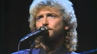 Watch Keith Whitley Ten Feet Away video