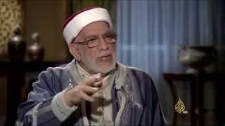 عبدالفتاح مورو يمسك برقبة الشيخ عبدالعزيز بن باز !