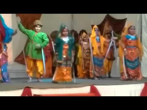 Phir raat kati puppet dance