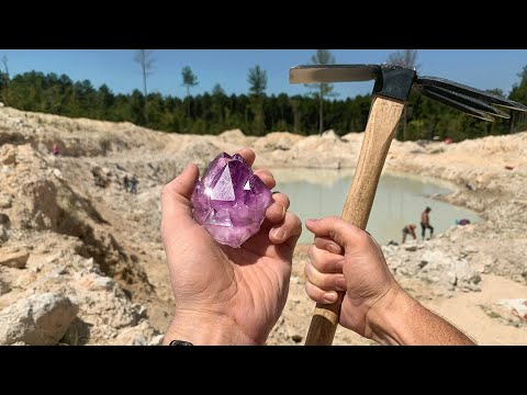 Found Rare Amethyst Crystal While Digging at a Private Mine! (Unbelievable Find)