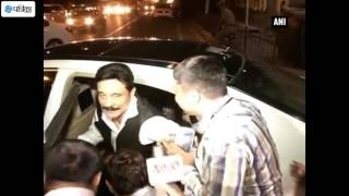 Sahara Chief Subrata Roy Leaves Jail For 4 Weeks For Mother