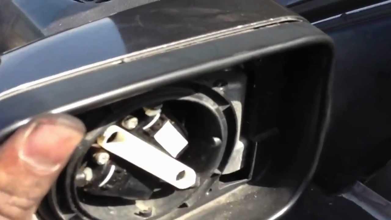 DRIVER SIDE MIRROR BREAKDOWN 9703 BMW 5 SERIES E39 528I