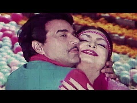 Beauty Queen, Dharmendra, Parveen Babi - Jaani Dost Romantic Song