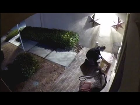 West side crook caught on camera checking door mats for keys