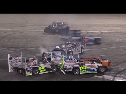 Lap Outlaw Figure Race Orange Show Speedway Youtube