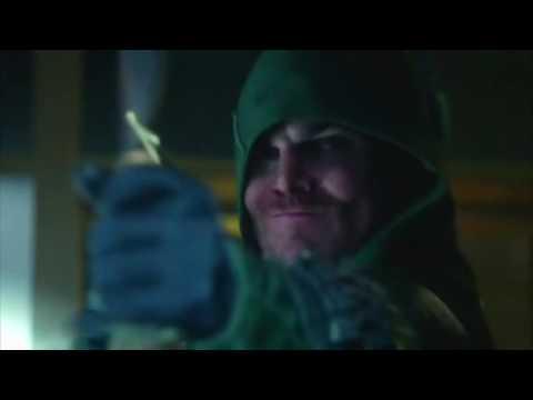 Стрела против Темного Лучника первая встреча в сериале Стрела 1 сезон