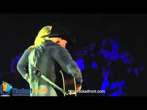 Garth Brooks & Trisha Yearwood Concert Live