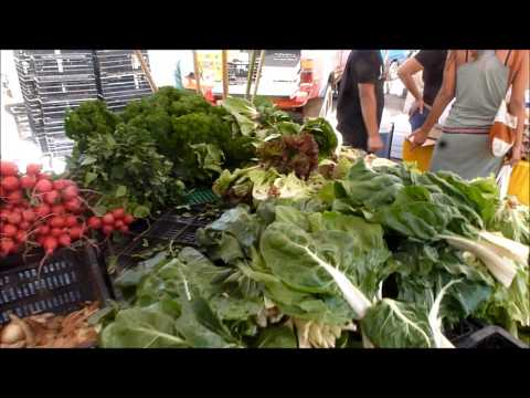Raw Vegan Heaven - Organic Farmer's Market in San Jose, Costa Rica