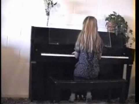 mar 99 and apr 00 Lizi piano.wmv