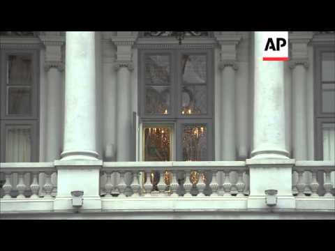 Iranian FM Zarif, EU negotiator Ashton arrive as nuclear talks resume
