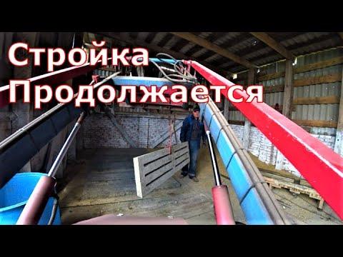 Видео: Кладем плиты / Опорос свиньи