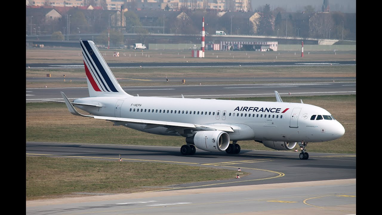 Air france airbus a320 214 f heph with sharklets for Airbus a320 air france interieur