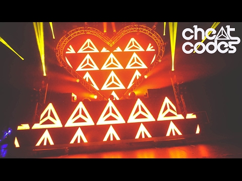 ADVENTURES w/ CHEAT CODES #13: CRUSH DALLAS - 동영상