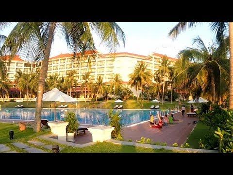 Swimming Pool & Breakfast Buffet @ VinPearl Resort - Nha Trang, Vietnam